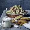 Falafel i ovn med couscoussalat og yoghurtdip