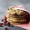 Lakridscookies med tranebær og hvid chokolade